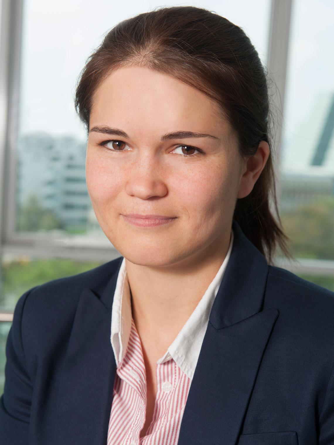 Tara Esterl Profilbild